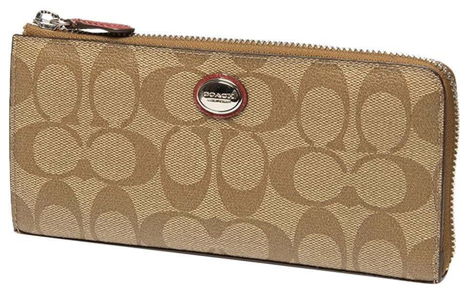 a3507dc47cef ... reduced coach signature wallets up to 70 off at tradesy c79d2 370bc