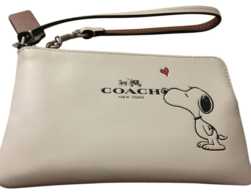 Coach Limited Edition Wristlet Wallet ...