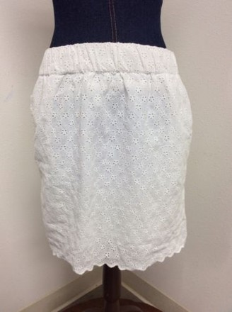 3627c69cd9ee delicate Coincidence & Chance Coincidence Chance Jr White Eyelet Cutwork  Skirt Flaw