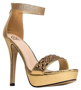 Delicious Gold Sandals
