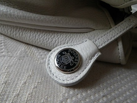 Dooney & Bourke Coach Louis Vuitton Gucci Channel Rare Vintage Tote in Whites