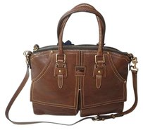 Dooney & Bourke Coach Louis Vuitton Gucci Tote in Brown