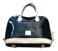 Dooney & Bourke Satchel in Black patent leather