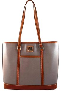 Dooney & Bourke Leather Cynthia Tote in Gray