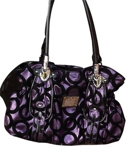 dragon sphere Shoulder Bag