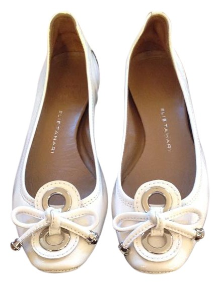 ELIE TAHARI Leather Flats
