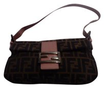 Fendi Chrome Hardware Classic Style Print Excellent Vintage Great Everyday Baguette
