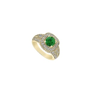 Fine Jewelry Vault May Birthstone Natural Emerald & Diamond Milgrain Engagement Ring