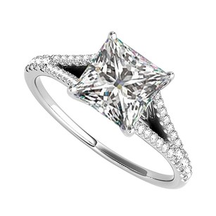 Fine Jewelry Vault Pretty Gift Cubic Zirconia Split Shank Ring in 14K White Gold