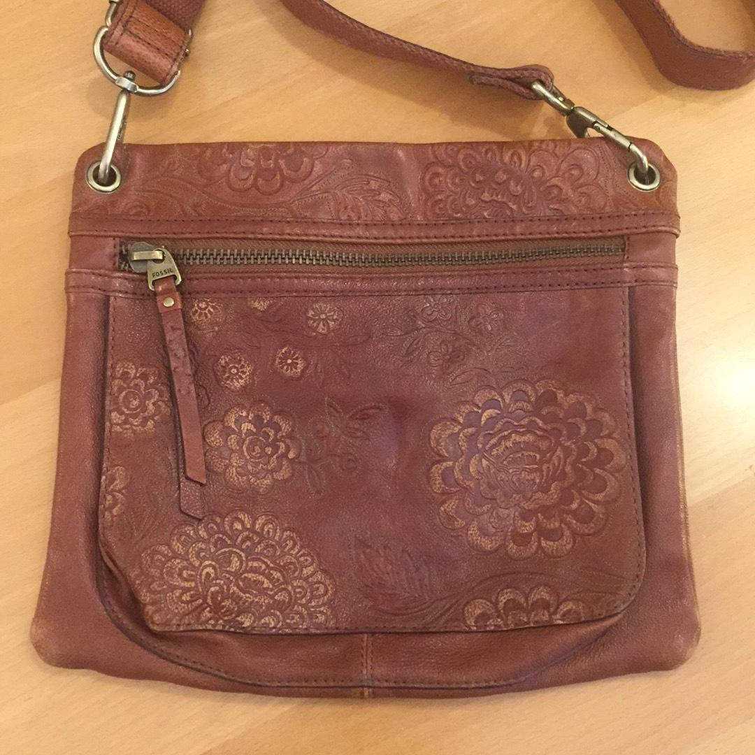 Fossil Floral Crossbody Hobo Bags Tessa Satchel Blue Western Embossed Brown Leather Cross Body Bag Tradesy 960x960