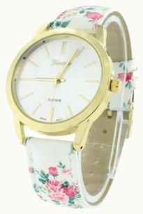 Geneva White Floral Design Watch Womens White Dial Gold Tone Ladies Designer Wristwatch