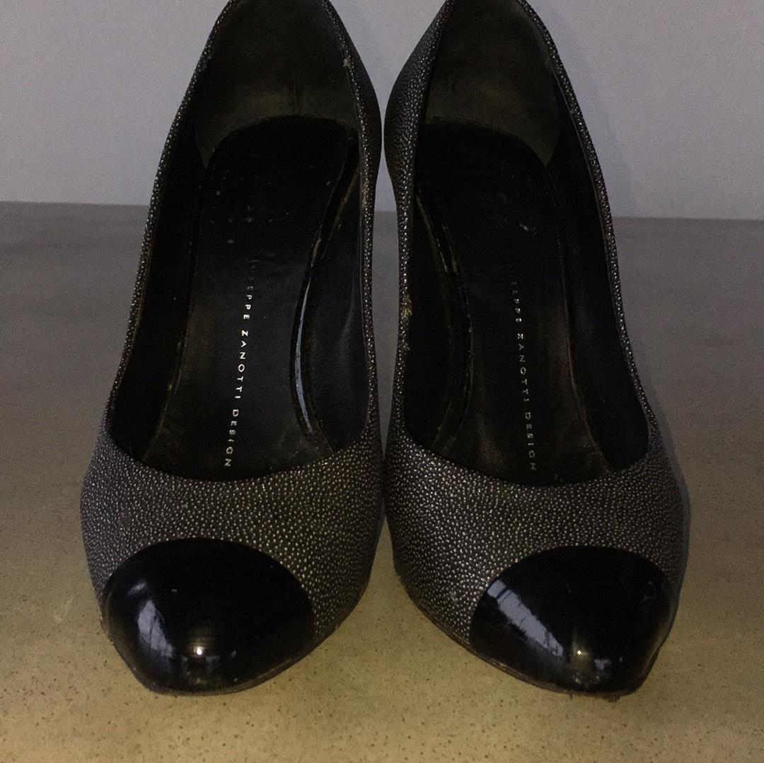 Free shipping BOTH ways on Heels, Gray, Women, from our vast selection of styles. Fast delivery, and 24/7/ real-person service with a smile. Click or call