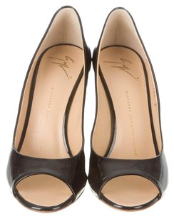 Giuseppe Zanotti Patent Leather Classic Patent Black Pumps