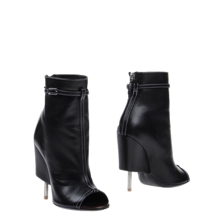 Givenchy Black New 1573 Boots/Booties Size US 6 Regular (M, B)