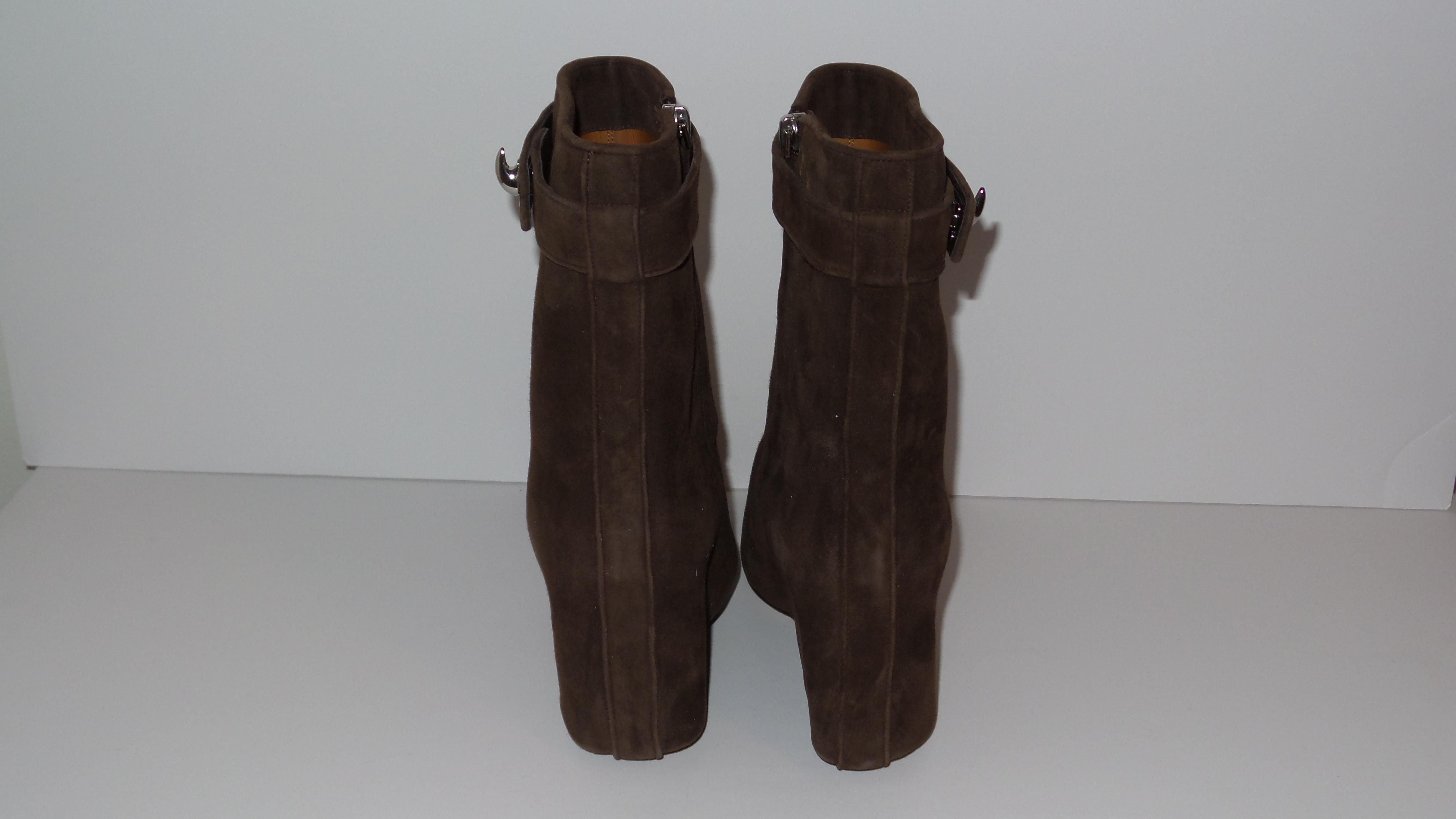2485b354fc9009 ... Givenchy Brown Brown Brown Shark Lock Suede Fold Over Ankle Boots/Booties  Size EU 38.5 ...