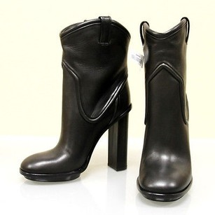 Gucci Runway Leather Platform Black Boots