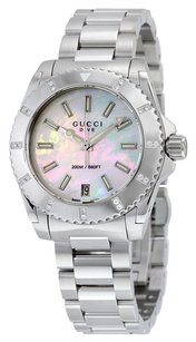 Gucci GUCCI Dive Mother of Pearl Dial Stainless Steel Men's Watch