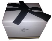 Gucci New Gucci flora bow accessories gift box storage