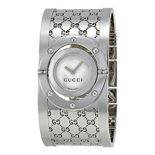 Gucci Gucci Ladies Series 112 Twirl Bangle Style Wide White Dial Watch