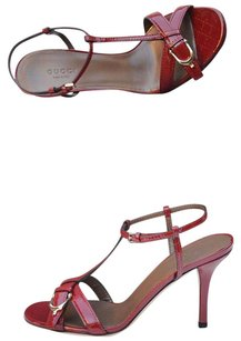 Gucci . Red Sandals
