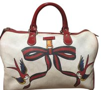Gucci Satchel in White, Red