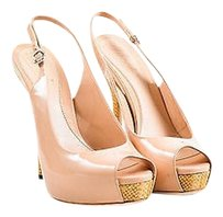 Gucci Nude Patent Leather Beige Pumps
