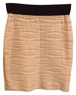 H&M Skirt Blush Light Pink Textured Stretchy Pencil Skirt