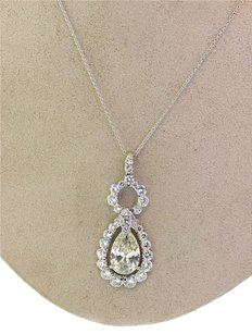 Ladies Exquisite Platinum 7.05ctw Pear and Round Cut Diamond Pendant Necklace