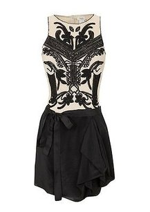 Hoss intropia Black Beige Embroidered Sequins Sleeveless W Belt Dress