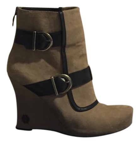 House of Harlow 1960 suede shoes