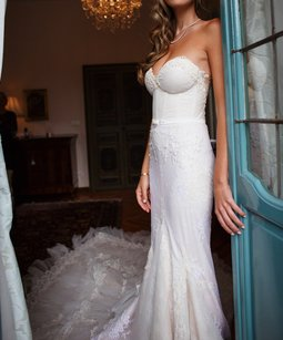 Inbal Dror Vip 13-23 Wedding Dress