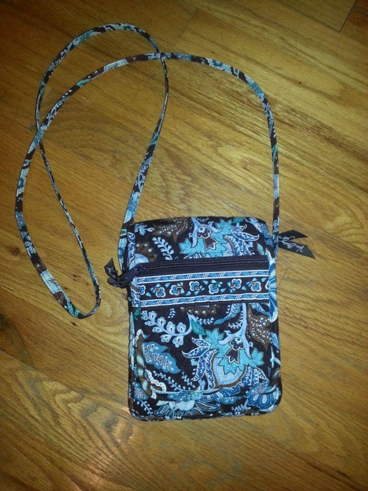 Vera bradley lunch bag - Lookup BeforeBuying 4d94d8e56a