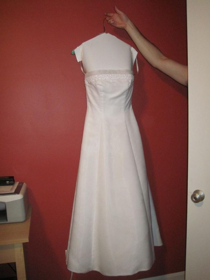 Free shipping for Gloria vanderbilt wedding dress