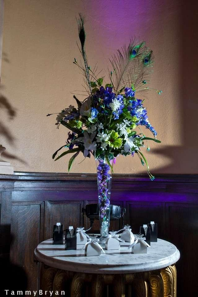 Peacock light up centerpieces tradesy weddings
