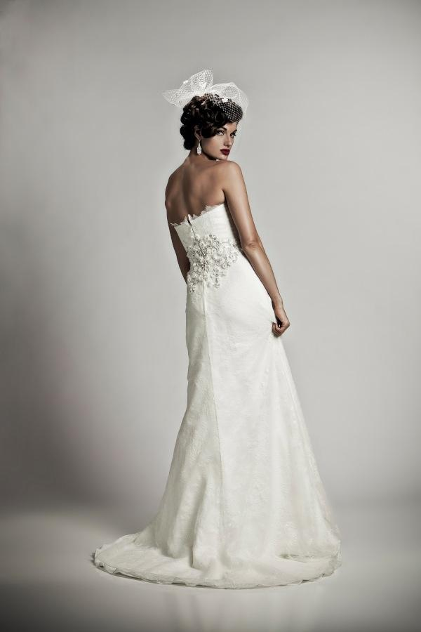 Matthew christopher lourdes wedding dress tradesy weddings for Matthew christopher wedding dress prices