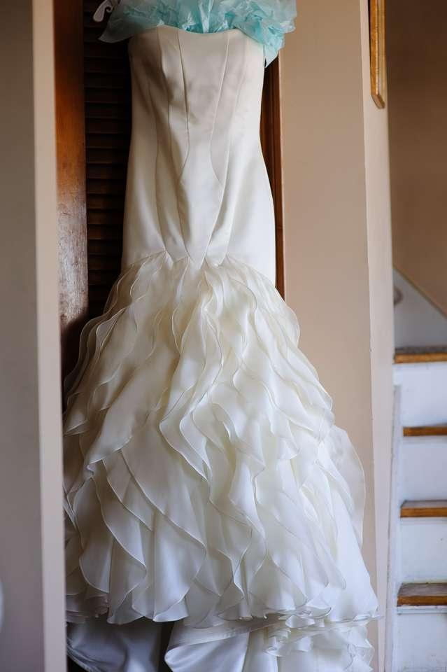 Matthew christopher dahlia wedding dress tradesy weddings for Matthew christopher wedding dress prices