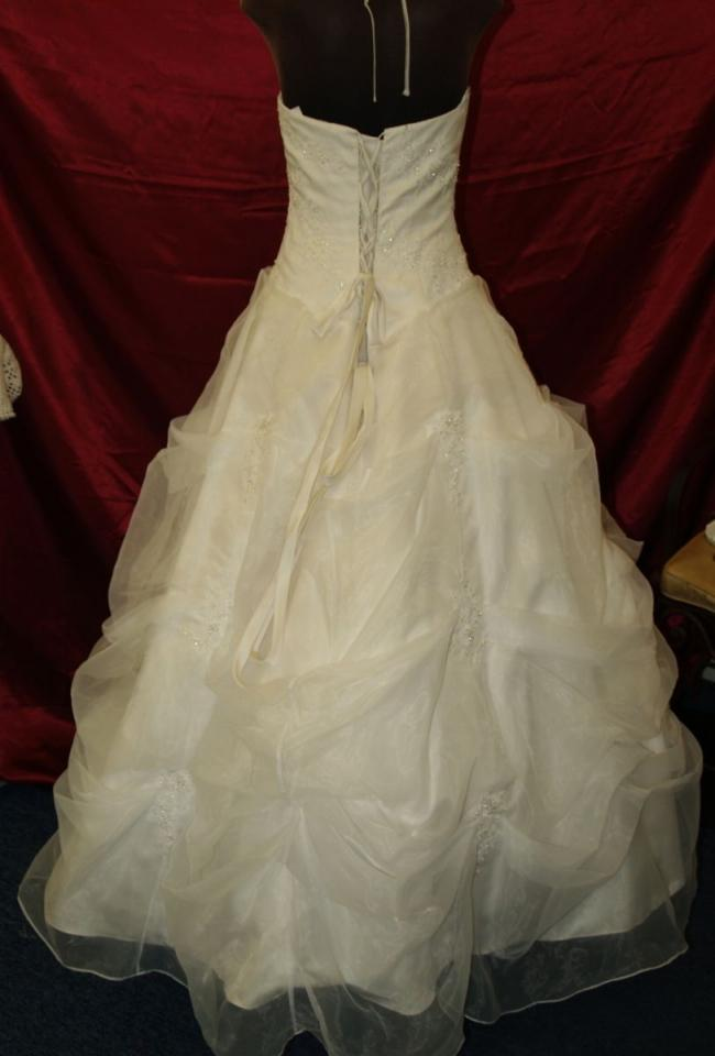 Light ivory high neck full skirt bridal gown wedding dress for Full skirt wedding dress