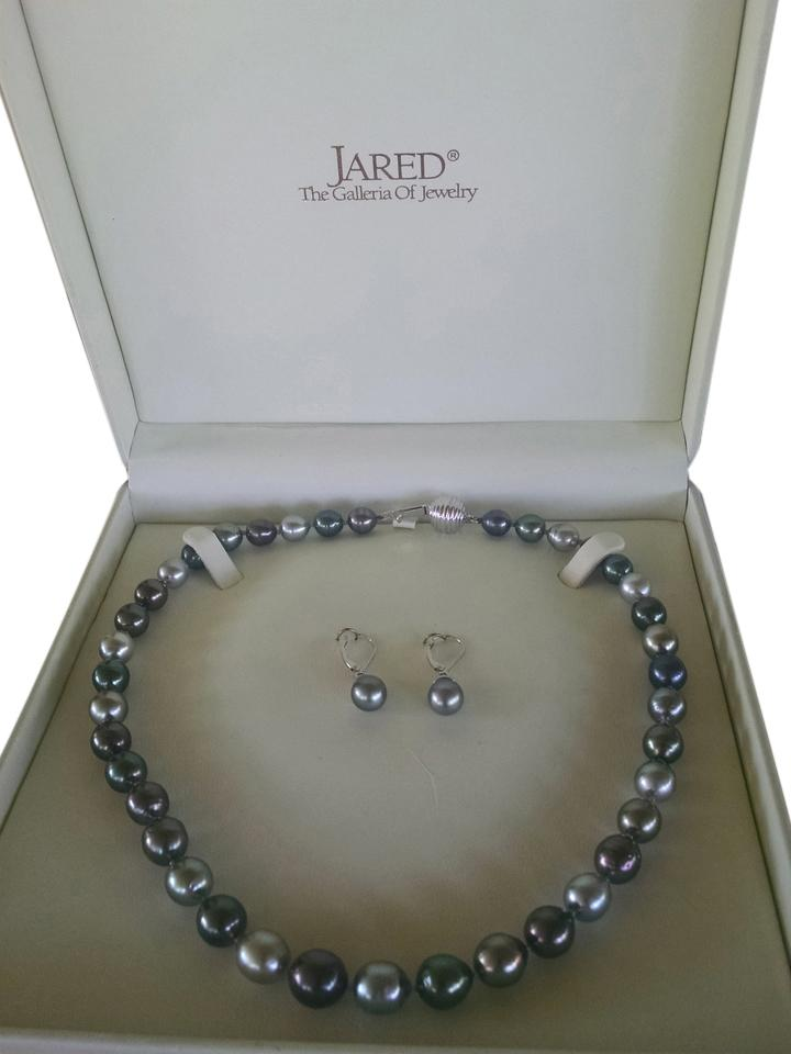 Jared Sale Up to 90 off at Tradesy