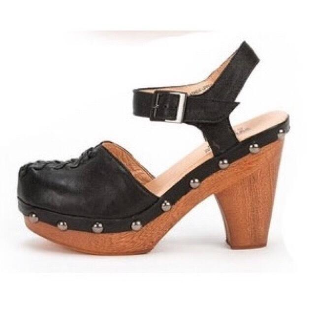 Jeffrey Campbell Black Kathleen with Ankle Strap Platforms Size US US Size 8 Regular (M, B) 007f89