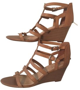 Jessica Simpson Tan Wedges