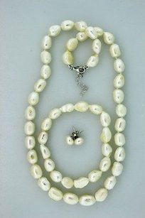 Jewels by Jacob Genuine Fresh Water Pearls Earring Necklace Bracelet Set - Ps309-wh
