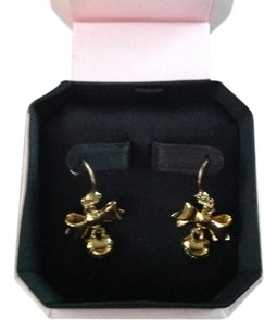 Juicy Couture Juicy Couture heart earrings. In the juicy box it came in. GREAT PRESENT FOR ANYONE