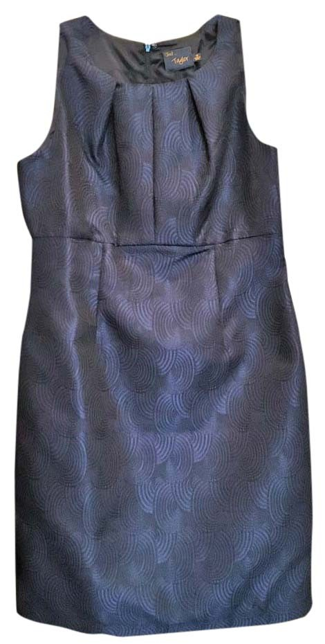 Navy Blue HAND WORK and BLOCK PRINTING Casual Dress Home > Casual > Navy Blue HAND WORK and BLOCK PRINTING Casual Dress. PKR 6, Beautiful two piece dress Is Designed By The Famous Pakistani Boutique Called Exclusive. This beautiful piece is available online for all fashion followers. A Must Buy.