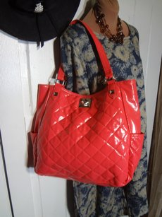 Kenneth Cole Reaction Far Below Msrp Vivid Color Lots Of Storage Fast Shipping Tote in HOT PEACHY PINK