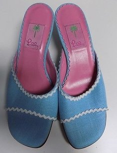 Lilly Pulitzer Light Blue And Pink Pumps