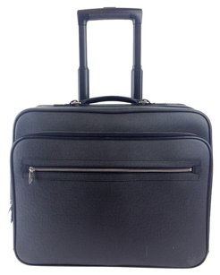 Louis Vuitton Ardoise Taiga Black Travel Bag