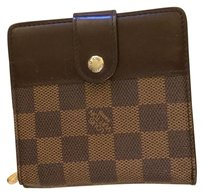 Louis Vuitton Authentic Louis Vuitton Damier Bifold walle
