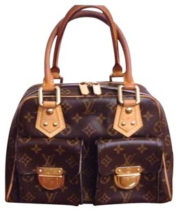Louis Vuitton Crossbody Clutch Satchel in Monogram