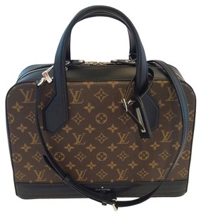 Louis Vuitton Lv Dora Tote in Brown Black