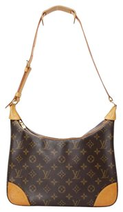 Louis Vuitton Monogram M51265 Shoulder Bag